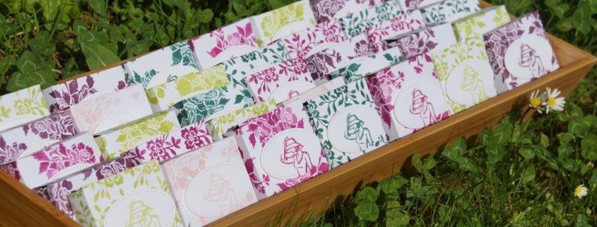 Muttertagsgeschenk-Hanuta Verpackung-Florale Eleganz (Medium)